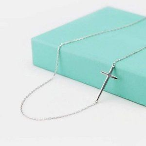 NEW 925 Sterling Silver Dainty Cross Necklace